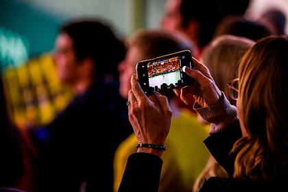 Обновление лишило владельцев iPhone звонков