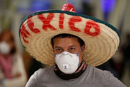 Застрявших в Испании россиян вывезли в Мексику вместо России