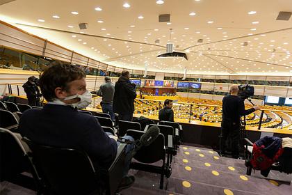 В Европарламенте российскую помощь Италии назвали попыткой снять санкции