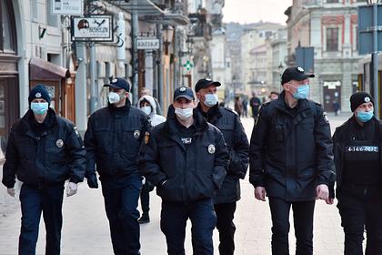 На Украине выписали тысячи штрафов за нарушение карантина