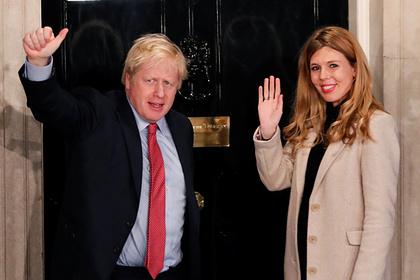 Беременная невеста британского премьер-министра заподозрила у себя коронавирус