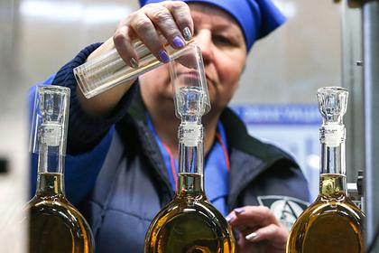 Минпромторг попросил не лишать россиян спиртного