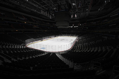 В Канаде предложили превратить стадионы НХЛ в больницы и морги
