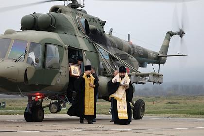 В России провели воздушный крестный ход против коронавируса