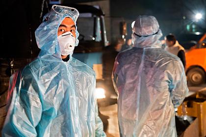В Казахстане коронавирусом заразились более 100 медработников