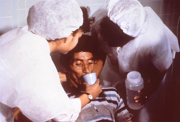 Оральная регидратация у больного холерой