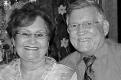 Супруги прожили вместе полвека и умерли от коронавируса с разницей в шесть минут