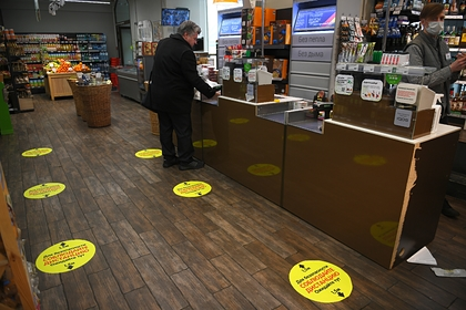 Магазины приготовились ограничить количество покупателей в залах