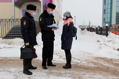 В управлении российской полиции нашли восемь зараженных коронавирусом