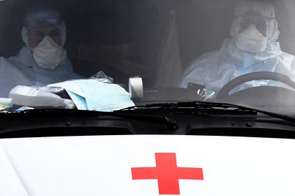 Назван главный источник заражения пожилых россиян коронавирусом