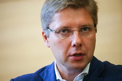 Суд признал законным увольнение бывшего мэра Риги Нила Ушакова