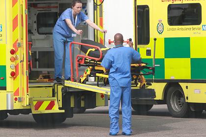 В Великобритании за сутки умерло рекордное число людей от коронавируса