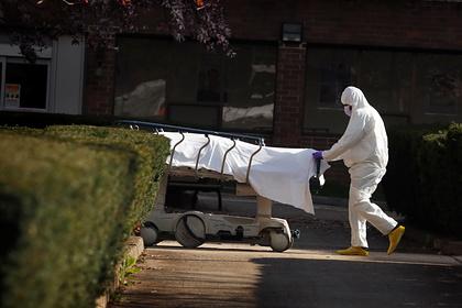 Американцев обвинили в терроризме за угрозы заразить коронавирусом