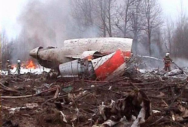 Обломки польского Ту-154М на месте катастрофы