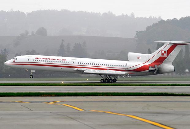 Польский президентский самолет Ту-154М с бортовым номером 101