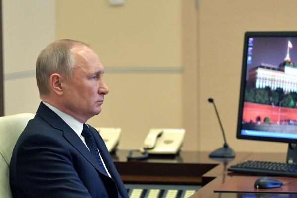 Путин созвонился с Трампом и саудовским королем из-за сделки ОПЕК+