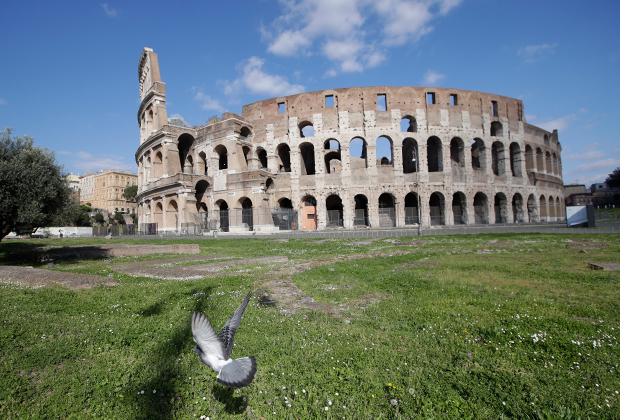 Колизей без туристов во время эпидемии коронавируса в Италии