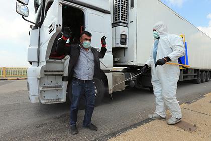 В Турции из-за коронавируса ввели комендантский час