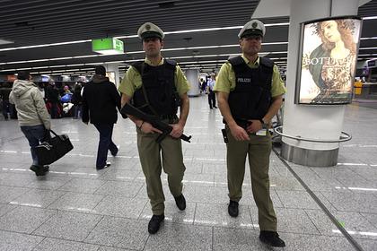 Вооруженных людей задержали в аэропорту Амстердама