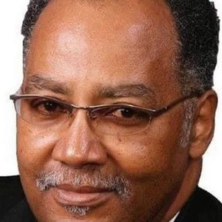Пастор Джеральд Гленн (Gerald Glenn)