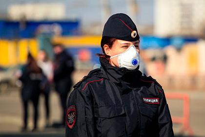 Московский школьник сдал полиции ушедшую в запой в самоизоляции мать