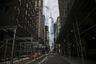 Так как недвижимость в Нью-Йорке, в особенности на Манхеттене, стоит неподъемных денег, в городе очень популярна сдача жилья в аренду. Однако в сложившихся обстоятельствах американцам стало не по карману даже это. Поэтому губернатор штата Эндрю Куомо наложил мораторий на выселение арендаторов по меньшей мере до 20 июня.