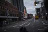 Во времена бушующей пандемии мэр города не забыл позаботиться даже о самых бедных слоях населения, которым негде жить. Так, 11 апреля Де Блазио выступил с заявлением о том, что шесть тысяч нью-йоркских бездомных будут переселены в опустевшие гостиничные номера.