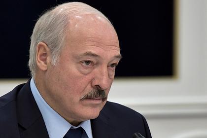 Лукашенко поручил «медленно и спокойно» возобновить учебу в школах