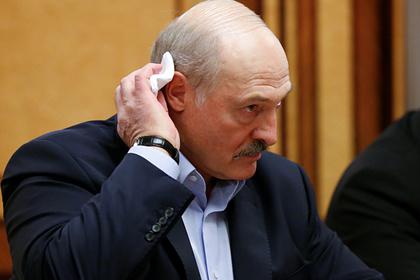Белорусский футболист воспротивился совету Лукашенко пить водку от коронавируса