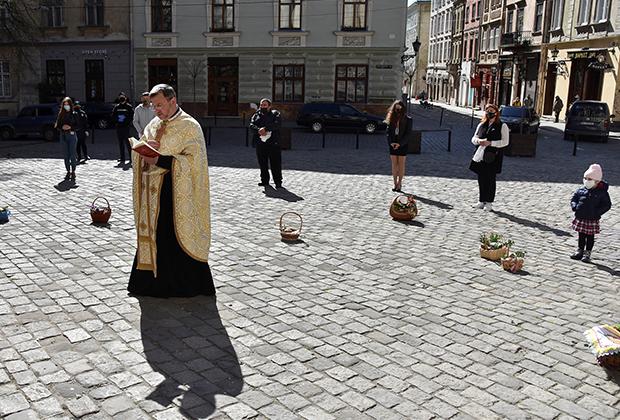 Священник греко-католической церкви. Львов, Украина