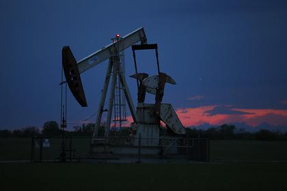Цена нефти Brent рекордно упала с конца XX века