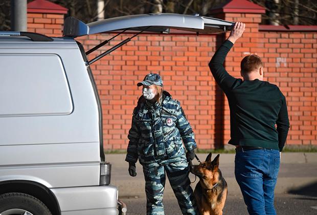 Российским полицейским решили дать еще больше прав. И снять с них еще больше ответственности
