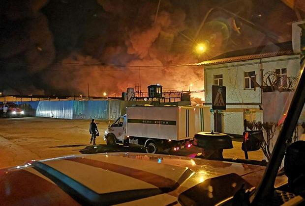 Пожар в промзоне ИК-15