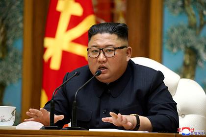 Китай отправил медиков к Ким Чен Ыну на фоне слухов о его критическом состоянии