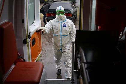Умер еще один заразившийся коронавирусом российский врач