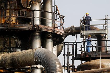 Саудовская Аравия начала останавливать добычу нефти