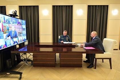 Путин заявил о риске возникновения наводнений и пожаров в России