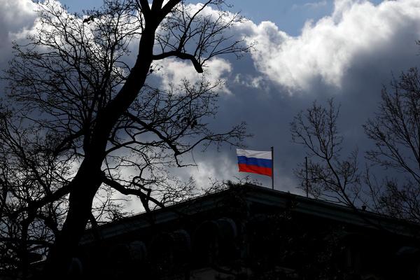 Чехия оценила необходимость выдворения из страны российского посла