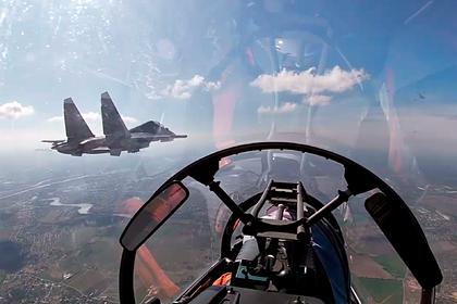 Первую репетицию воздушного парада ко Дню Победы показали на видео