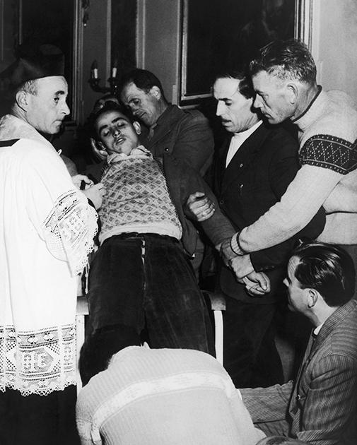 Ритуал экзорцизма в Италии, 1952 год