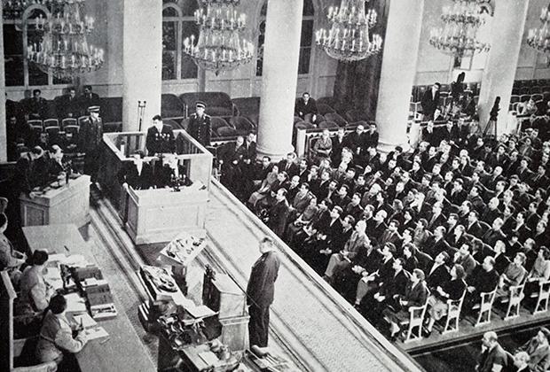 Судебный процесс над Фрэнсисом Пауэрсом в Колонном зале Дома Союзов