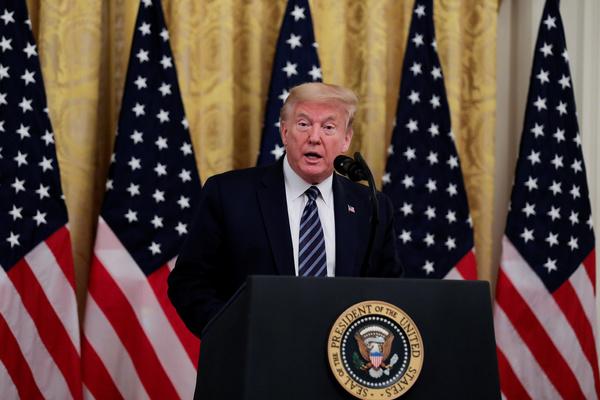 Трамп объяснил распространение коронавируса за пределами Китая