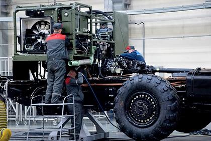 Активность российских оборонных заводов отследили по мобильным данным