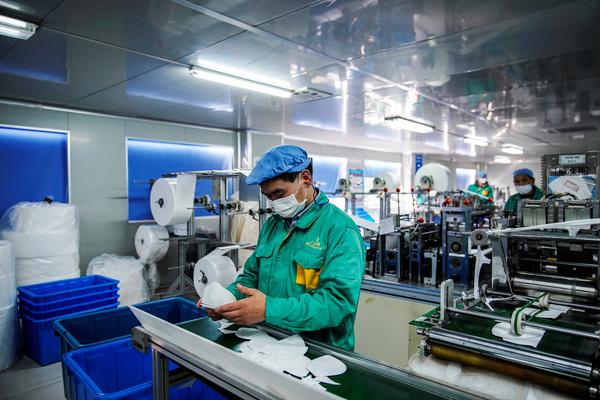 Китай обвинили в сокрытии и уничтожении фактов о коронавирусе