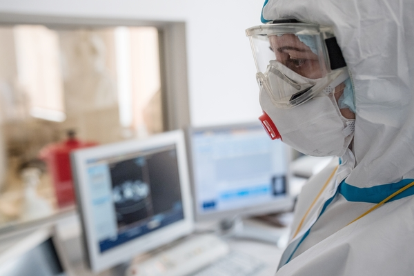 В России зафиксировали 10633 новых случая заражения коронавирусом