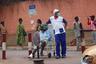 Пока из 53 африканских стран, затронутых пандемией, лишь семь сообщили о более чем тысяче случаев заражения. Это ЮАР, Камерун, Гана, Нигерия, Сенегал, Гвинея и Кот-Д'Ивуар.