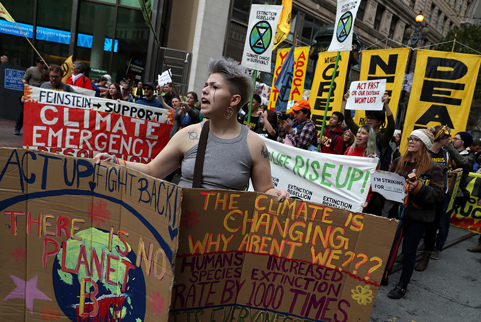 Протесты молодежи по поводу защиты окружающей среды в Сан-Франциско
