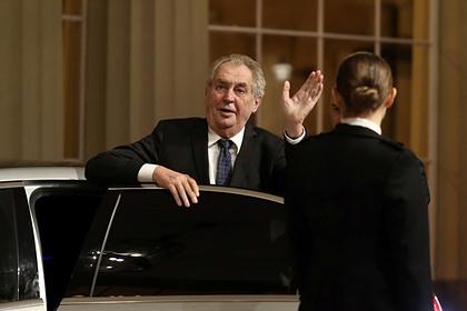 Президент Чехии раскритиковал работу ЕК в борьбе с коронавирусом