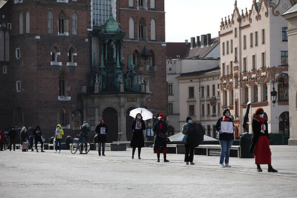 Миллион украинцев остались в Польше во время пандемии коронавируса