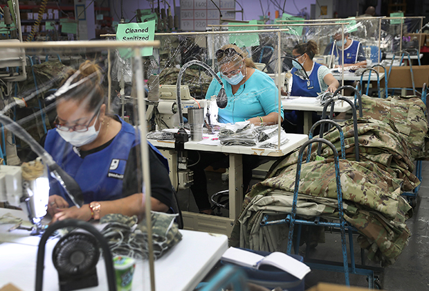 Производство масок для медперсонала в Майами